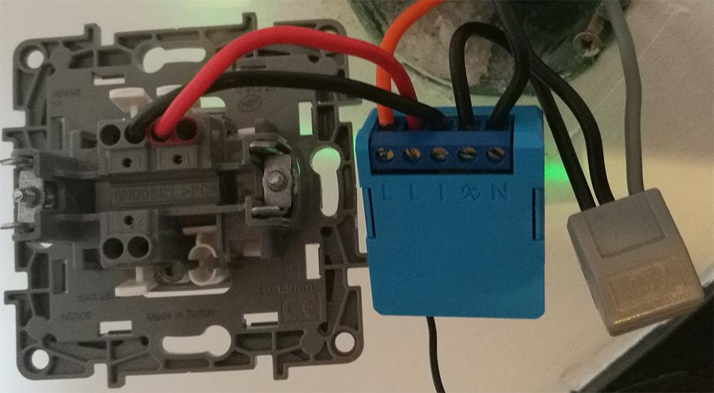 Installation du mini variateur encastrable de Qubino avec 2 fils sans fil neutre