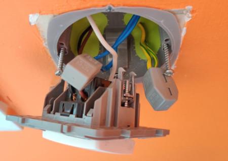 installation interrupteur volet roulant avant montage micromodule Z-Wave Fibaro FGR-223