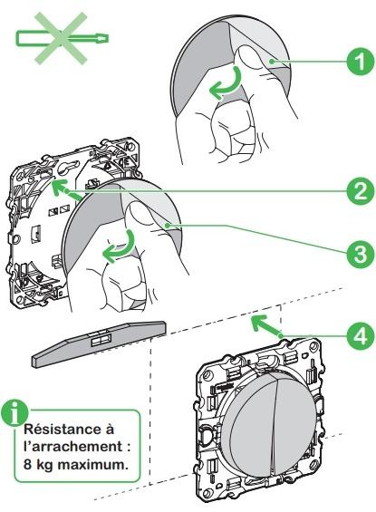 Installer un interrupteur de scène Odace SFSP avec des vis et chevilles