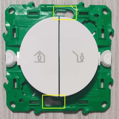 Installer un interrupteur de scène Odace SFSP sur boite d'encastrement